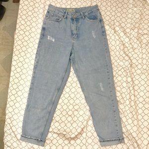 Topshop MOTO Mom Jeans in Light Blue